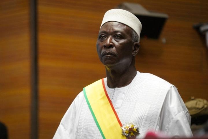 Malin armeija otti viime viikolla kiinni siirtymäajan presidentin Bah Ndawin. Lehtikuva/AFP