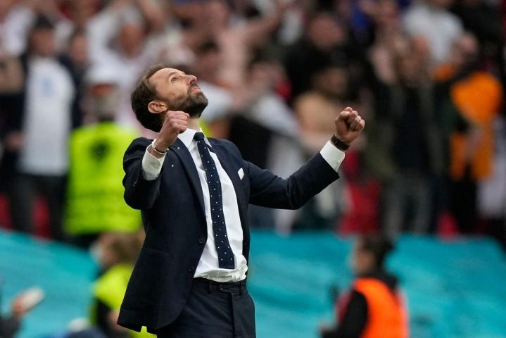 Englannin päävalmentaja Gareth Southgate iloitsi Saksa-voitosta Wembleyllä tiistaina. LEHTIKUVA / AFP