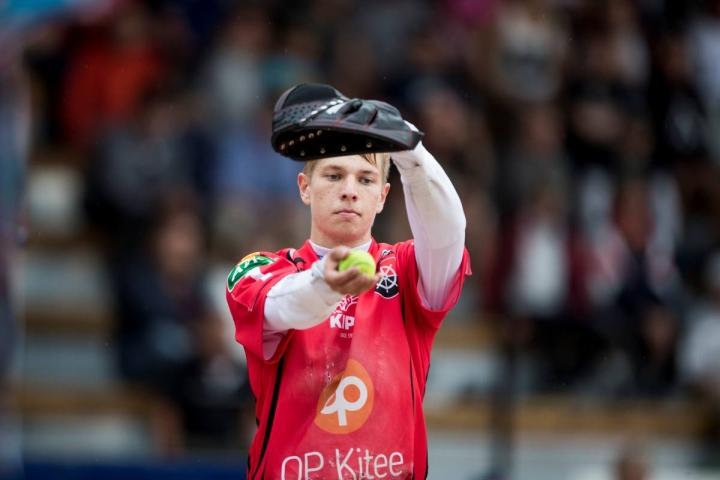 KiPan lukkari Jesse Eskelinen oli joukkueensa ykköspalkittu. Arkistokuva.