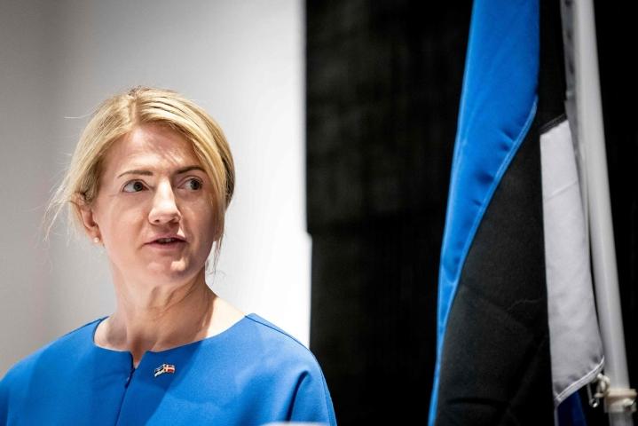 Viron ulkoministeri Eva-Maria Liimets on ollut yhteydessä EU:n komissaareihin Suomen matkustusrajoitusten vuoksi. LEHTIKUVA / AFP