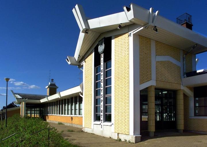 Muun muassa vanhempaa tyylikautta mukailevan Kiihtelyspirtin arkkitehtonisia ansioita ei pidetä riittävinä maakuntakaavaan.