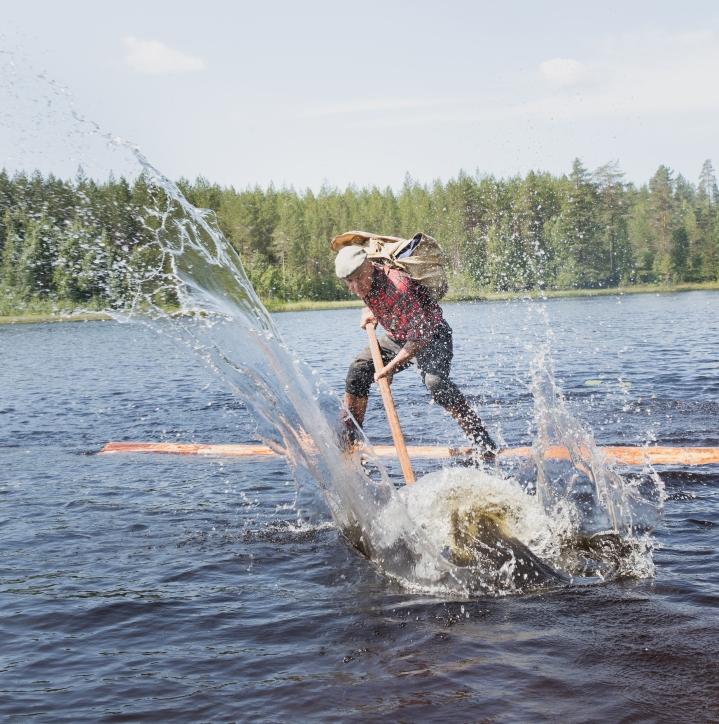 Lapsuudessaan metsätöissä viihtynyt Jaakko Saaristo aloitti tukinuiton parikymppisenä.