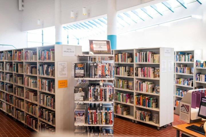 Suomalaiset ovat kaivanneet koronasulkujen aikana muun muassa kirjastoa.