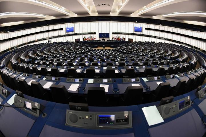 Koronatodistuksella pyritään helpottamaan matkailun avaamista EU-maiden välillä. Lehtikuva/AFP