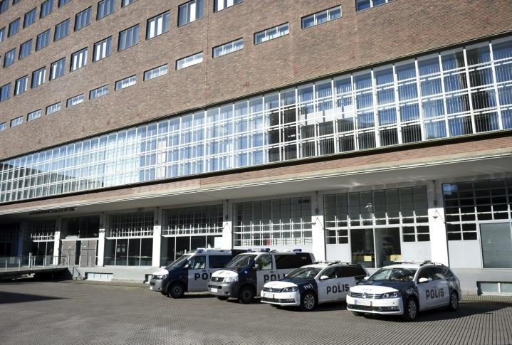 Käräjäoikeus katsoi, että Ilkka Henrik Kokko, 56, syyllistyi niihin kaikkiin kymmeneen syytekohtaan, joista häntä syytettiin. LEHTIKUVA / ANTTI AIMO-KOIVISTO