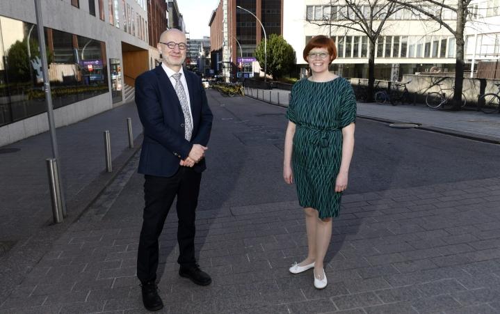 Perustulo herättää suurta kiinnostusta monissa maissa. Suomi toteutti ensimmäisenä maana aidosti satunnaistetun perustulokokeilun vuosina 2017–2018. LEHTIKUVA / VESA MOILANEN