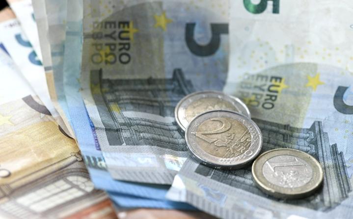 Joka toisella suomalaisella kotitaloudella oli yli 104000 euron nettovarallisuus vuonna 2019. LEHTIKUVA / Heikki Saukkomaa