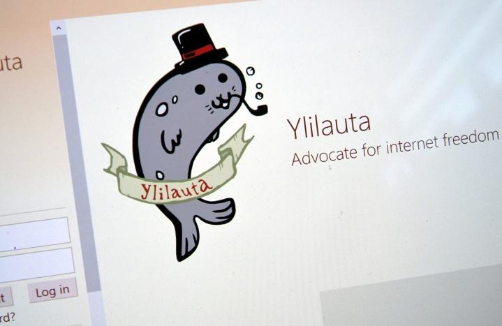 Oikeusministeriön huhtikuussa julkaiseman raportin mukaan anonyymi Ylilauta-sivusto on merkittävä julkinen vihapuheen alusta Suomessa. LEHTIKUVA / Markku Ulander