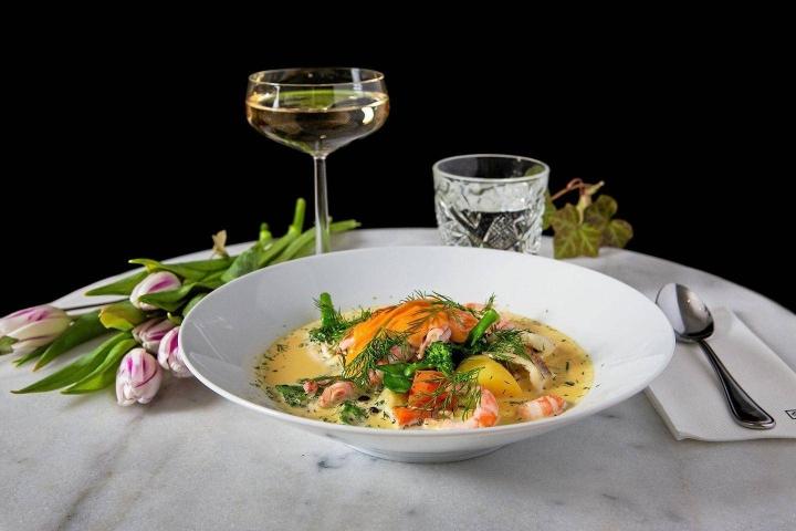 Uuden BBQ Royale -ravintolan menun annokset perustuvat Björklundin mukaan tuoreuteen, korkeaan laatuun ja huolella suunniteltuihin makuyhdistelmiin.