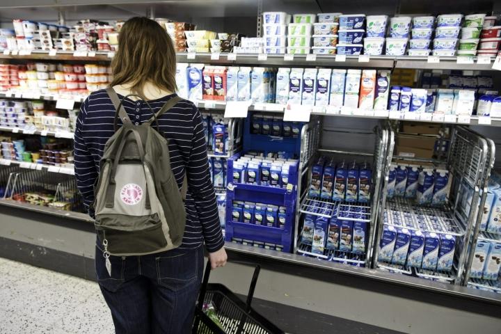 Maidon kulutus on viiden vuoden aikajänteellä vähentynyt yli 10 prosenttia. LEHTIKUVA / RONI REKOMAA