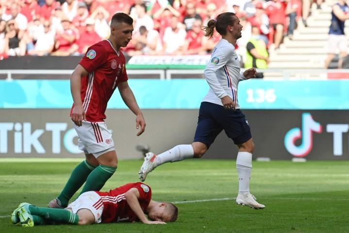 Unkari ylsi Budapestissä 1–1-tasapeliin hallitsevaa maailmanmestaria Ranskaa vastaan. Lehtikuva/AFP