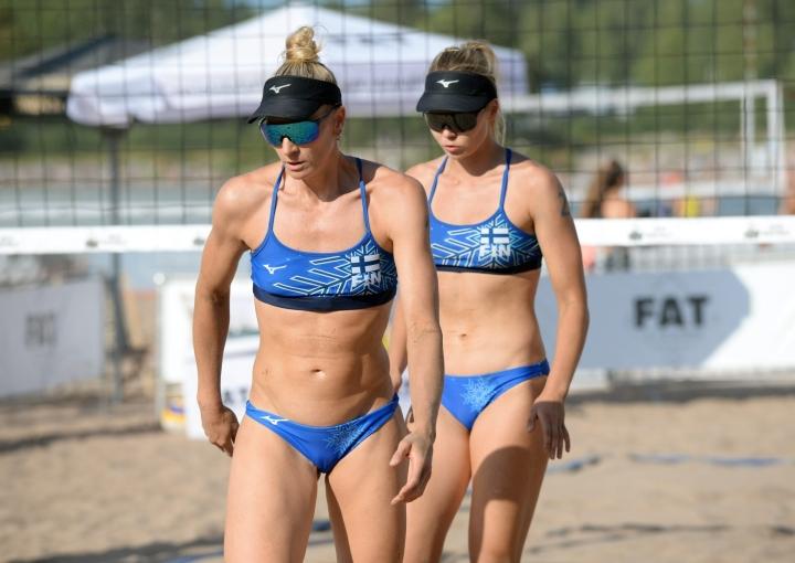 Espanja eteni turnauksen puolivälieriin. Turnauksen voittajamaat saavat olympiapaikan sekä naisissa että miehissä. LEHTIKUVA / MIKKO STIG
