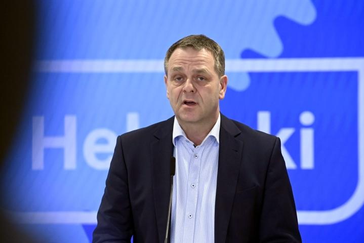 Pormestari Jan Vapaavuori on käynnistänyt selvityksen Kruunusillat-hankkeen kustannuksista. LEHTIKUVA / MARKKU ULANDER