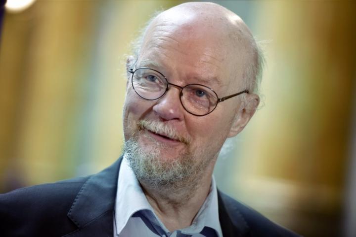 Osmo Soininvaara kuvailee, että vihreät ovat poistuneet talouskeskustelusta kokonaan. Vihreiden linjassa ei hänen mukaansa ole sinällään mitään vikaa. LEHTIKUVA / EMMI KORHONEN