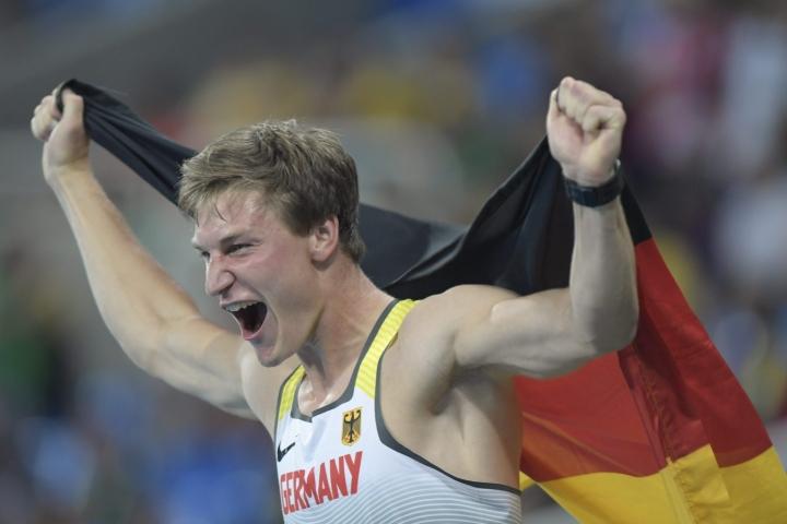 Thomas Röhler voitti Riossa olympiakultaa reilun 90 metrin siivulla. LEHTIKUVA / Markku Ulander