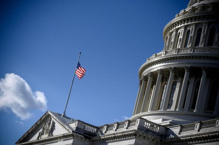 Yhdysvaltain entisen presidentin Donald Trumpin kannattajat hyökkäsivät loppiaisena Washingtonissa kongressirakennukseen, kun edustajainhuone ja senaatti olivat kokoontuneet vahvistamaan nykyisen presidentin Joe Bidenin vaalivoittoa. LEHTIKUVA/AFP