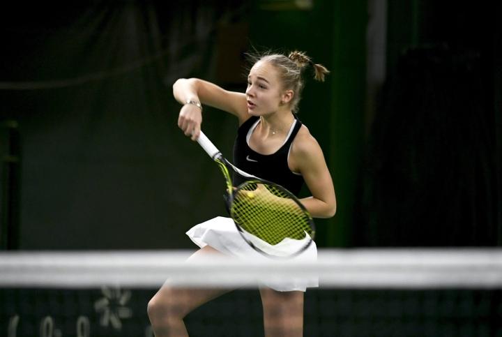 Oona Orpana suuntaa elokuussa Yhdysvaltain Oklahomaan, jossa hän jatkaa tenniksen ja yliopisto-opiskelun parissa. Lehtikuva / Martti Kainulainen