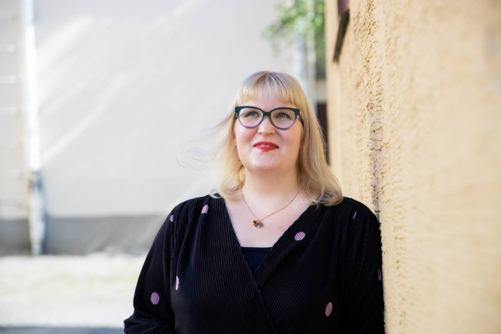 Henna Karhapäälle virka Setlementin toiminnanjohtajana on unelmien täyttymys. Vuosi sitten hän ei olisi osannut työstään edes haaveilla.