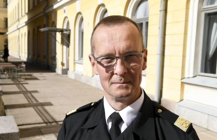 Merivoimien komentaja, kontra-amiraali Jori Harju. LEHTIKUVA / MARTTI KAINULAINEN