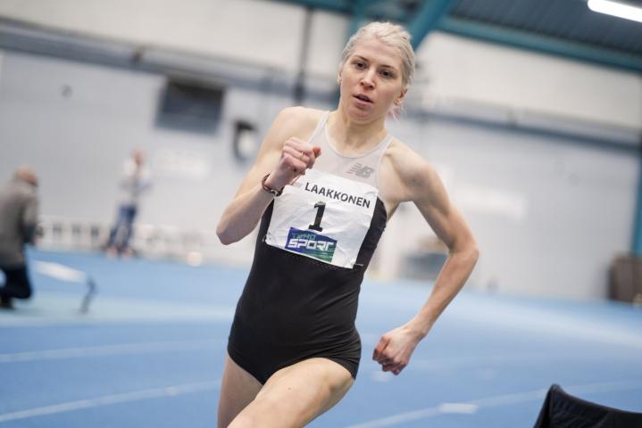 Sara Kuivisto voitti Pajulahdessa helposti naisten 600 metrin (1.28,65) juoksun viime talvena järjestetyssä kutsukilpailussa.
