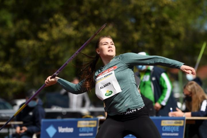 Alasen mitalin ansiosta suomalaisten mitalimäärä nousi nelipäiväisissä kilpailuissa viiteen. LEHTIKUVA / ANTTI AIMO-KOIVISTO