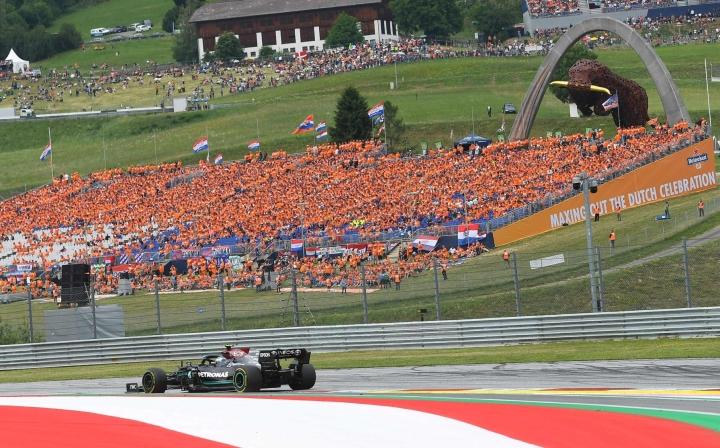Valtteri Bottas ajoi toiseksi Itävallassa. LEHTIKUVA/AFP