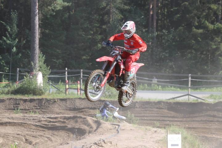 Junioriajaja Viljami Kyllönen ajoi Tampereella nousujohteisen motocross-uransa parhaan kisansa.