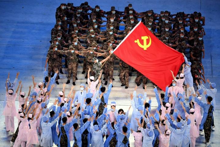 Tiedossa on, että juhlapäivän kunniaksi ei poikkeuksellisesti järjestetä sotilasparaatia. LEHTIKUVA/AFP