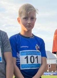 Katajan Toivo Takanen ponnisti pituus-pe:n 522 - joensuulaisseura nappasi avauspäivänä seitsemän mitalia