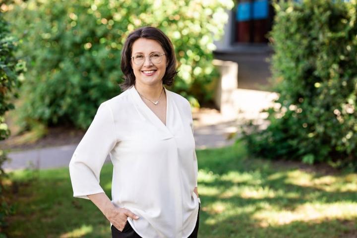 Logopedian professori Marja Laasonen on taustaltaan psykologi ja neuropsykologi.
