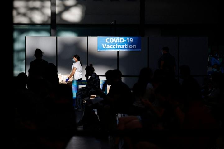 Englannissa koittaa tänään niin sanottu vapauden päivä, kun kaikki koronaviruksen vuoksi sosiaalisille kontakteille asetetut rajoitukset puretaan.