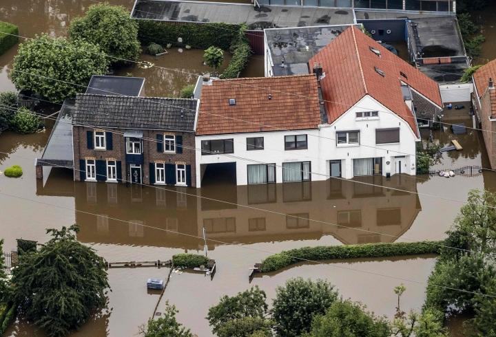 Rajut sateet ovat koetelleet Saksan ja Belgian lisäksi myös Hollantia ja Luxemburgia sekä Ranskan koillisosia. LEHTIKUVA / AFP