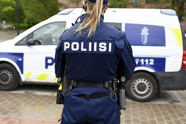 Poliisi selvittää onnettomuuden syitä ja tapahtumien kulkua sekä aloittaa asiasta kuolemansyyntutkinnan. Kuvituskuva. LEHTIKUVA / VESA MOILANEN