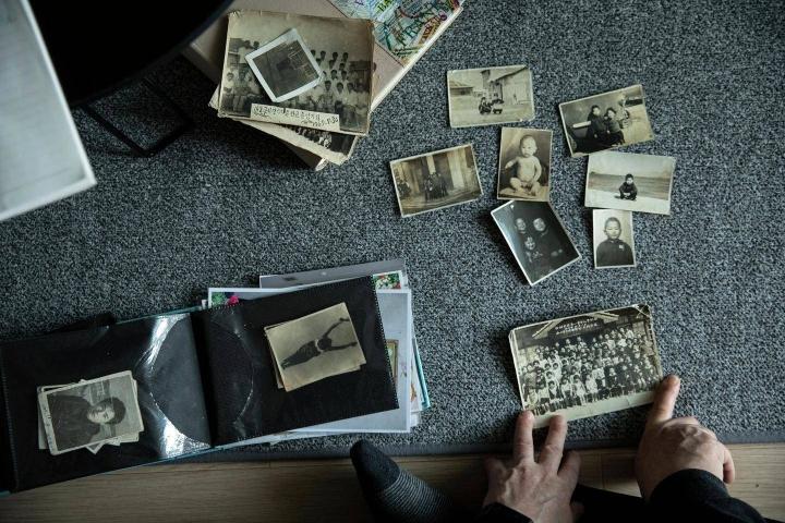 """""""On surullista, että meidän tarinamme haudataan, kun me kuolemme"""", Lee Tae-kyung sanoo. Pelkästään vuoden 1960 aikana Japanista Pohjois-Koreaan muutti 49000 ihmistä."""