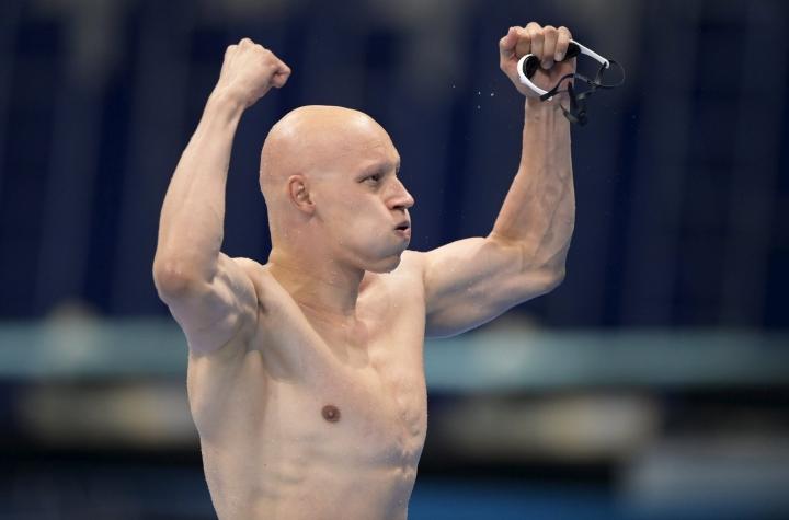 Matti Mattsson ui pronssimitalille miesten 200 metrin rintauinnin finaalissa. Mattssonin olympiamitali on Suomen uintihistorian viides. LEHTIKUVA / VESA MOILANEN