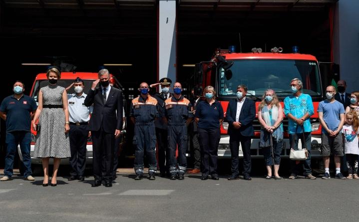 Belgian kuningas Philippe ja kuningatar Mathilde osallistuivat tulvien  uhreille omistettuun hiljaiseen hetkeen. LEHTIKUVA/AFP