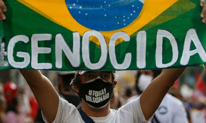 Brasiliassa hallinnon vastaiset mielenosoitukset jatkuivat lauantaina jo kolmatta päivää. Lehtikuva/AFP