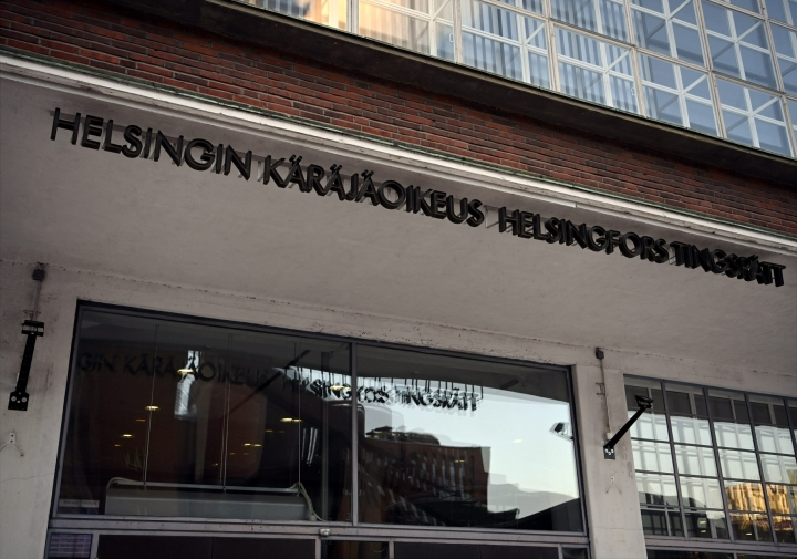 Helsingin käräjäoikeus antaa tänään tuomion miehelle, jota syytetään kymmeniin alaikäisiin kohdistuneista seksuaalirikoksista. LEHTIKUVA / Antti Aimo-Koivisto