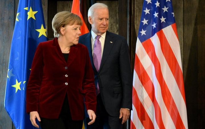 Saksan liittokansleri Angela Merkel vierailee tänään Washingtonissa ja tapaa Valkoisessa talossa Yhdysvaltain presidentin Joe Bidenin. LEHTIKUVA/AFP