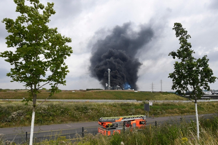 Kemianteollisuuden yritysten keskittymässä räjähti tiistaiaamuna paikallista aikaa. LEHTIKUVA/AFP