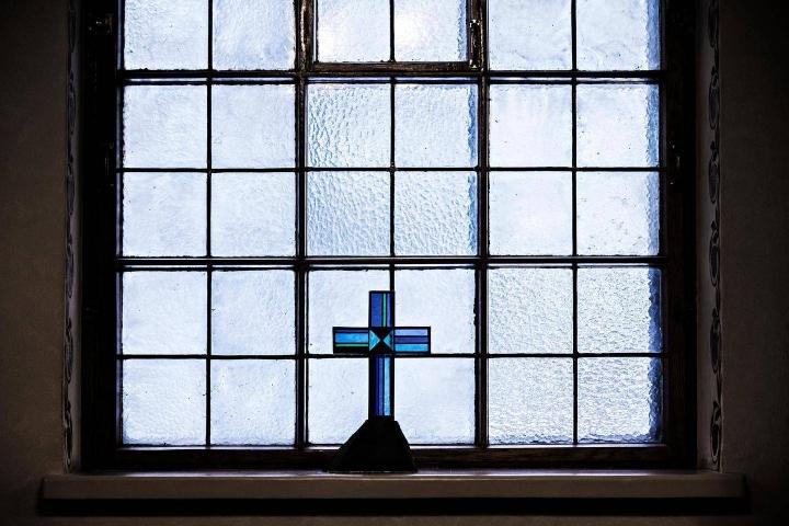 Evankelis-luterilaisten seurakuntien välillä on suuria eroja jäsentensä tulotasossa. Tämä vaikuttaa kertyviin kirkollisverotuloihin.
