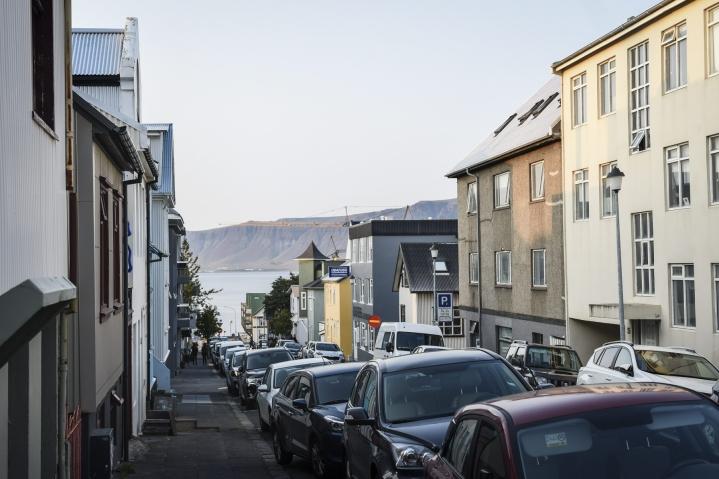 Tutkijat pitävät Islannissa järjestettyä laajaa kokeilua lyhennetystä työviikosta valtavana menestyksenä. LEHTIKUVA / Emmi Korhonen