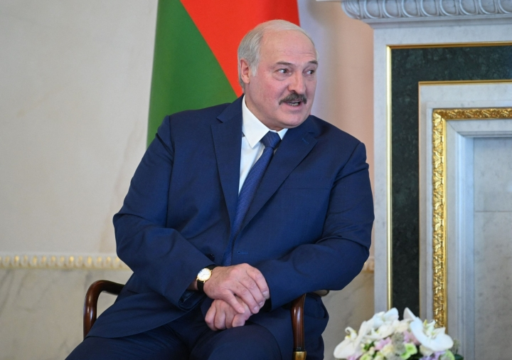 Vjasna on tarkkaillut joukkopidätyksiä, joita seurasi Lukashenkan vastaisista mielenosoituksista. Lehtikuva/AFP