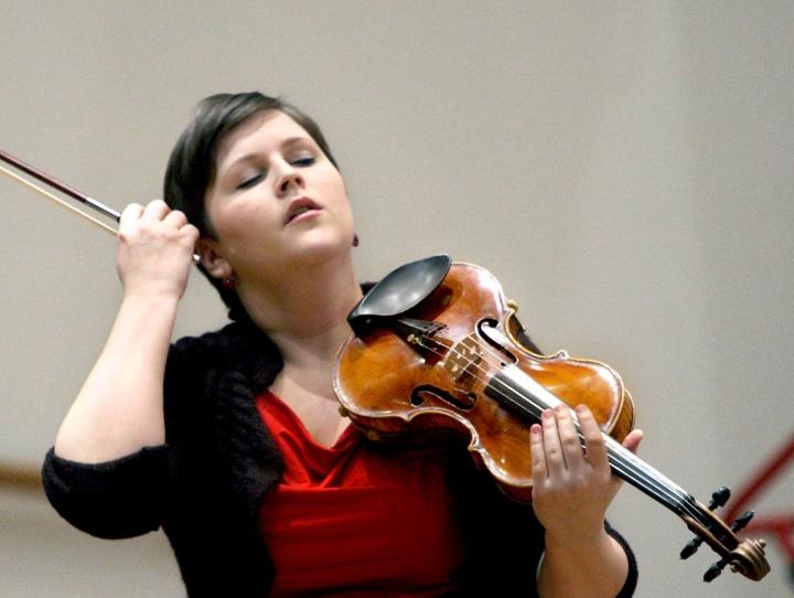 Karatiina Záborszky on yksi Joensuun kirkossa elokuussa järjestettävän konsertin esiintyjistä.