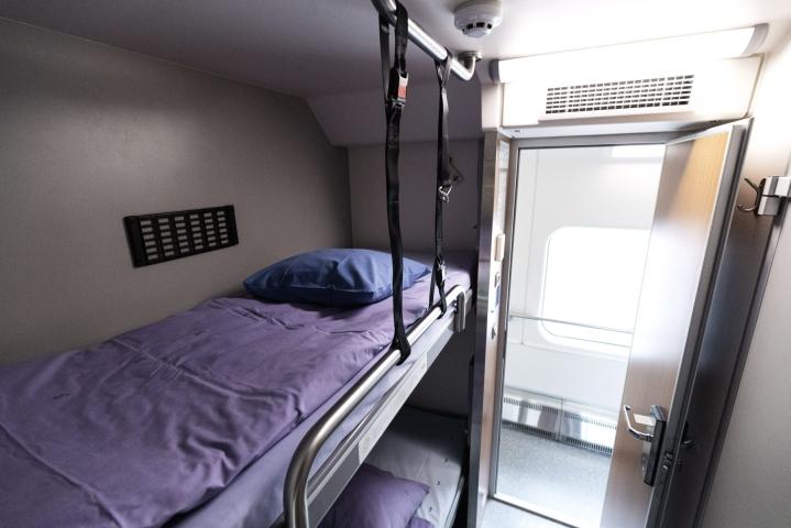 Euroopassa on viime aikoina palautettu käyttöön useita yöjunayhteyksiä. Kuvassa makuuhytti VR:n Kemijärvelle menevästä kaukojunasta. LEHTIKUVA / RONI REKOMAA