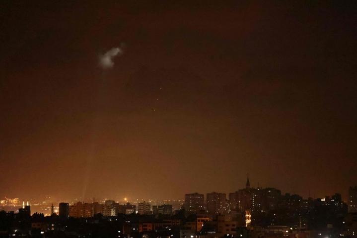 Israel teki myöhään lauantai-iltana ilmaiskuja Gazaan. LEHTIKUVA/AFP