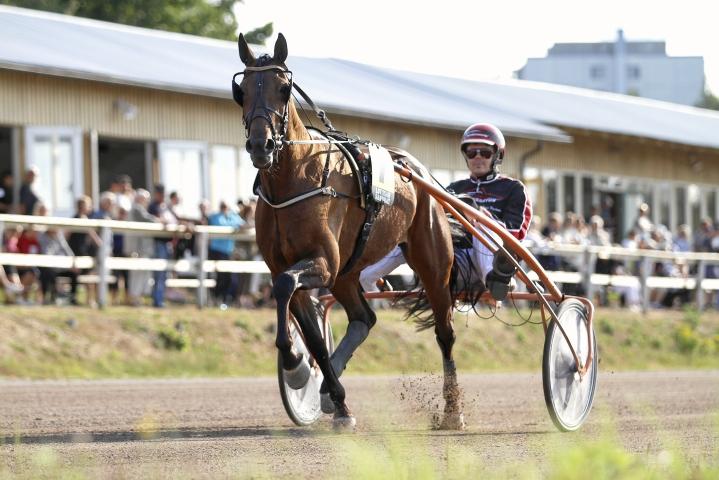 Lauri Hyvönen ja Wille Wind sijoittuivat haasteajossa kuudenneksi.