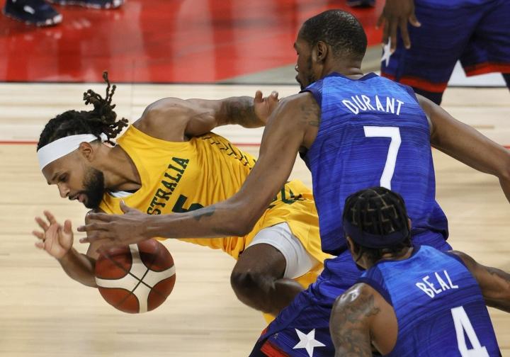 Durant nakutti pelissä Argentinaa vastaan 17 pistettä. Kuva ottelusta Australiaa vastaan. Lehtikuva/AFP