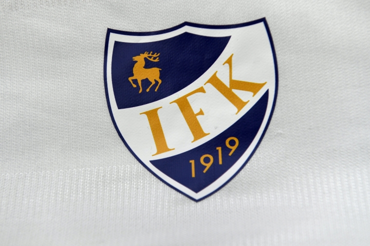 Tukala sarjatilanne johti seurajohtaja Peter Mattssonin mukaan IFK Mariehamnin päävalmentajan vaihtoon. LEHTIKUVA / MARTTI KAINULAINEN
