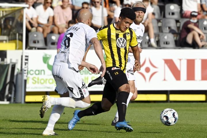 FC Hongan Juan Alegria (oik.) joutui epäasiallisten huutojen kohteeksi, mutta varsinaisen rasismin tuntomerkkejä täyttävää käyttäytymistä ei kuitenkaan havaittu. LEHTIKUVA / Markku Ulander